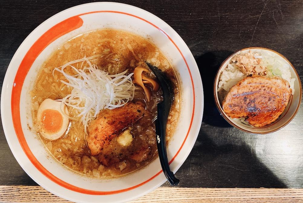 綱取味噌とミニチャーシュー丼
